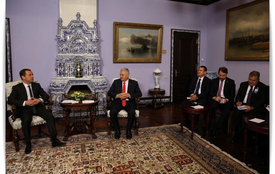 turkiye-basbakan-binali-yildirim-rusya-basbakani-dimitri-medvedev-antalya-haber-gazetesi-4